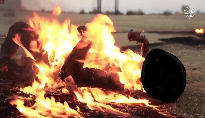 داعش يحرق أم و أبنائها الأربعة بتهمة مغادرة أرض الخلافة