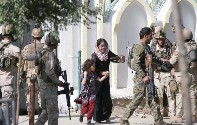 انفجار انتحاري مسجد كابل 43 شهيد و93 جريح