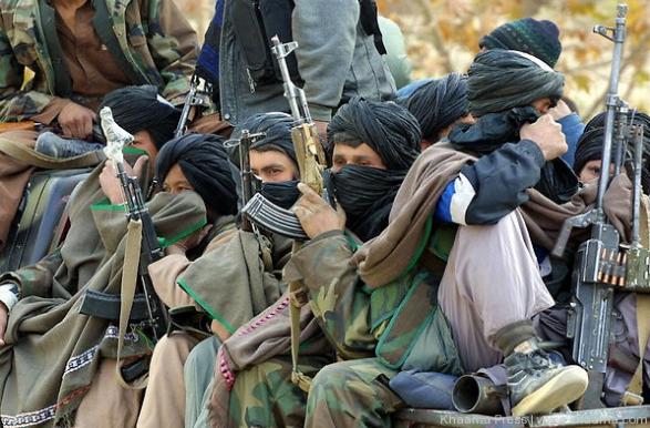 افغانستان : مقتل 9 مسلحين في اشتباك بين طالبان و داعش