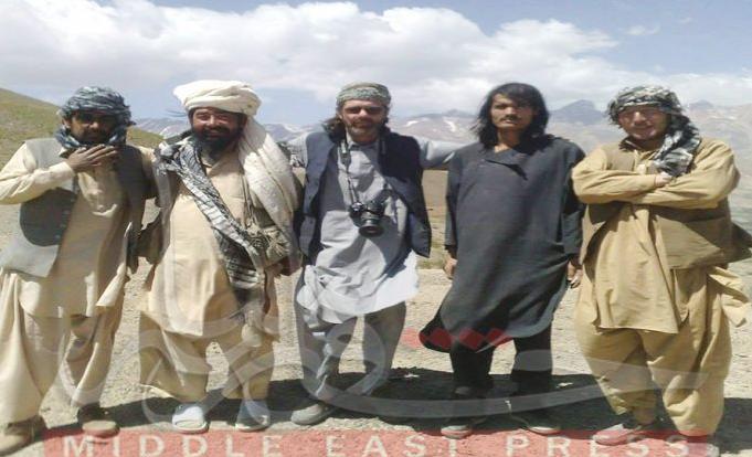 عضو في البرلمان واحد الاجانب يهربان الاثار من افغانستان