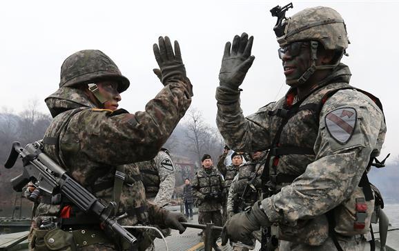 كوريا الشمالية تصف امريكا انها شيطان نووي