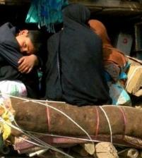 توتر باكستان وامريكا،طرد لاجئين أفغانستان وفتح الحدود مع ايران