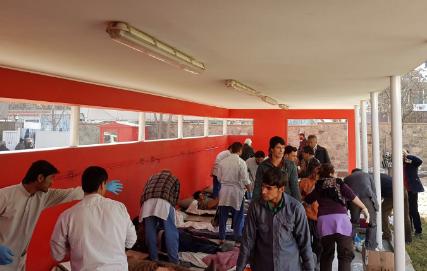 طالبان:نشر صور عن ضحايا القصف الامريكي في العراق على انها نتائج هجوم امس في كابل