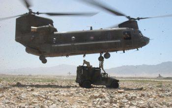 روسيا قلقة من نقل مسلحين بالمروحيات في أفغانستان