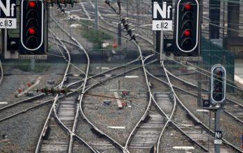 100فرنسا: مليون يورو خسائر النقل بسبب الأضراب