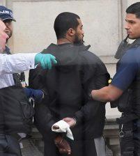 Suspected knifeman arrested outside UK parliament