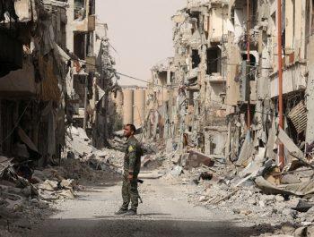 Syria war: Daesh militants leave 'Raqqa'