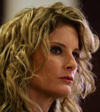 Американка подала в суд на Трампа по обвинению в домогательстве
