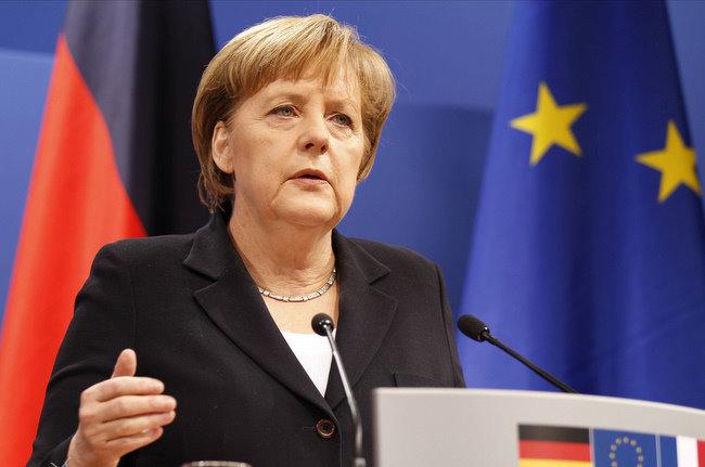 ٍУказ Трампа по ужесточению миграционной политики США осудила Меркель