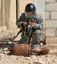 В Сирию для работы в Дейр-эз-Зоре отправился отряд противоминного центра ВС России