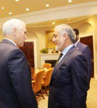 Абдулла Абдулла глава исполнительной власти Афганистана встретился с вице-президентом США Майком Пенсом