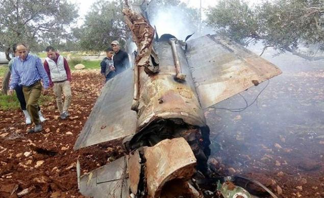 Сирийская армия сбили истребитель F16 израильского режима+ фота