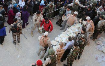 7,5 тонн гумпомощи в сирийском Кафр-Батне раздали российские военные