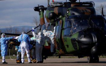 Во Франции около 600 военных заразились коронавирусом