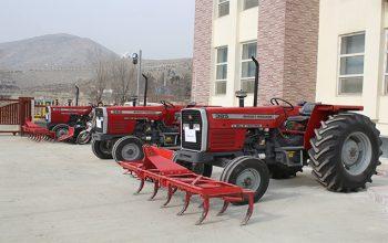 وزارت زراعت تراکتورهای رایگان را در اختیار دهقانان للمیکار قرار میدهد