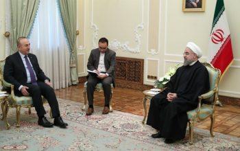 در دیدار رئیس جمهوری ایران با وزیر خارجه ترکیه روی مسایل مهم منطقه بحث صورت گرفت