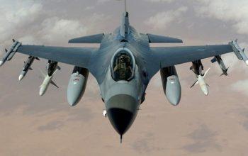 جنگندههای F16 اسرائیل منازل مسکونی را در شرق غزه بمباران کردند