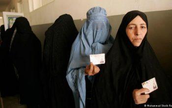 """استخدام """"پانزده هزار زن"""" برای تامین امنیت مراکز رای دهی"""