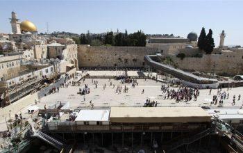 رژیم اسرائیل میخواهد آثار باستانی اسلام را در مسجد الاقصی نابود کند