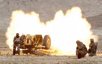 نظامیان مخفیگاه های طالبان را در غزنی نابود کردند