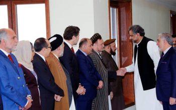 عباسی وعده داد که از حملات راکتی پاکستان به افغانستان جلوگیری خواهد کرد