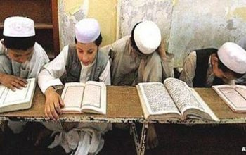 مولوی شراب الدین با شاکردانش به گروه تروریستی طالبان پیوست