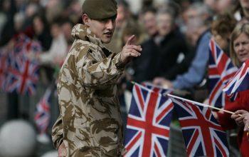 تعداد سربازان انگلیس در افغانستان دوبرابر میشود