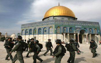 یهودیها به مسجد الاقصی هجوم بردند و شعارهای ضد اسلامی سر دادند
