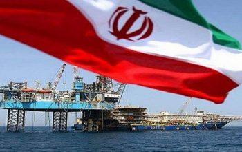 با وجود تحریم های آمریکا، صادرات نفت خام ایران به هند و چین افزایش یافته است