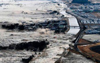 تلفات زمین لرزه سونامی اندونزیا به 832 تن رسید