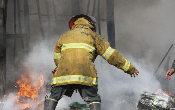 11 پولیس اطفائیه در انفجار بالون گاز زخمی شد