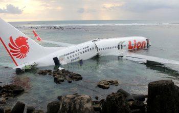 هواپیمای اندونیزیایی با همه سرنشینانش سقوط کرد