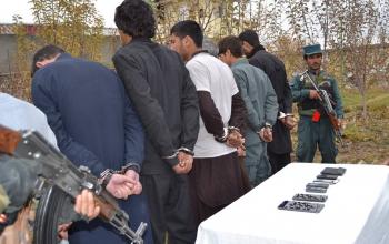 بازداشت 7 سرباز پولیس به جرم سرقت