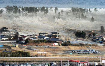 تلفات سونامی اندونزیا افزایش یافت