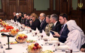 تاکید بر پروسه صلح با حاکمیت افغانستان