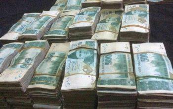 دو سارق با 100 لک کلدار بازداشت شد