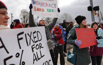اعتصاب 30 هزار آموزگار در امریکا
