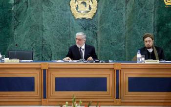 حضور محقق در نشست شورای وزیران