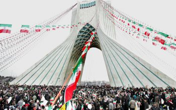 نمایش موشک های بالستیک در راهپیمایی پیروزی انقلاب اسلامی ایران