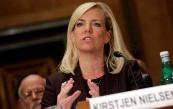 وزیر امنیت داخلی امریکا از سمت اش کنار رفت