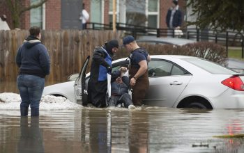 طوفان و سیلاب در امریکا 31 کشته و زخمی برجا گذاشت