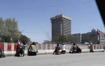 کارمندان وزارت مخابرات نجات داده شدند