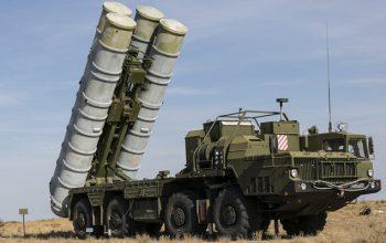 افزایش تنش ترکیه و امریکا بر سر اس-۴٠٠ روسیه