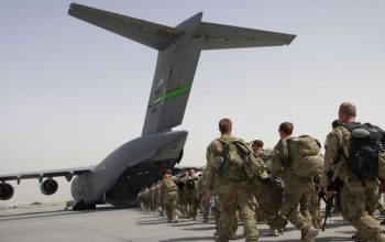 تلاش امریکا برای صلح نه خروج از افغانستان