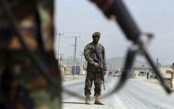 تلاش حکومت برای منفعت طلبی از توقف گفتگوهای صلح امریکا و طالبان