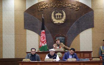 سنای افغانستان از ترامپ خواست که خلیلزاد را برکنار کند