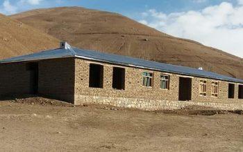 ساخت یک باب مکتب به هزینه شخصی مردم در راغستان بدخشان