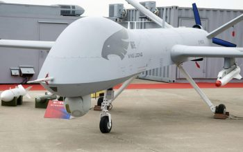 ارتش یمن یک هواپیمای جاسوسی عربستان را سرنگون کرد