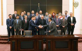قرارداد ساخت فاز اول قطعه چهارم خط آهن خواف ـ هرات امضا شد
