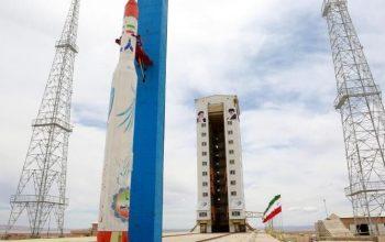 """ایران ماهواره """"ظفر"""" را موفقانه به فضا پرتاب کرد"""